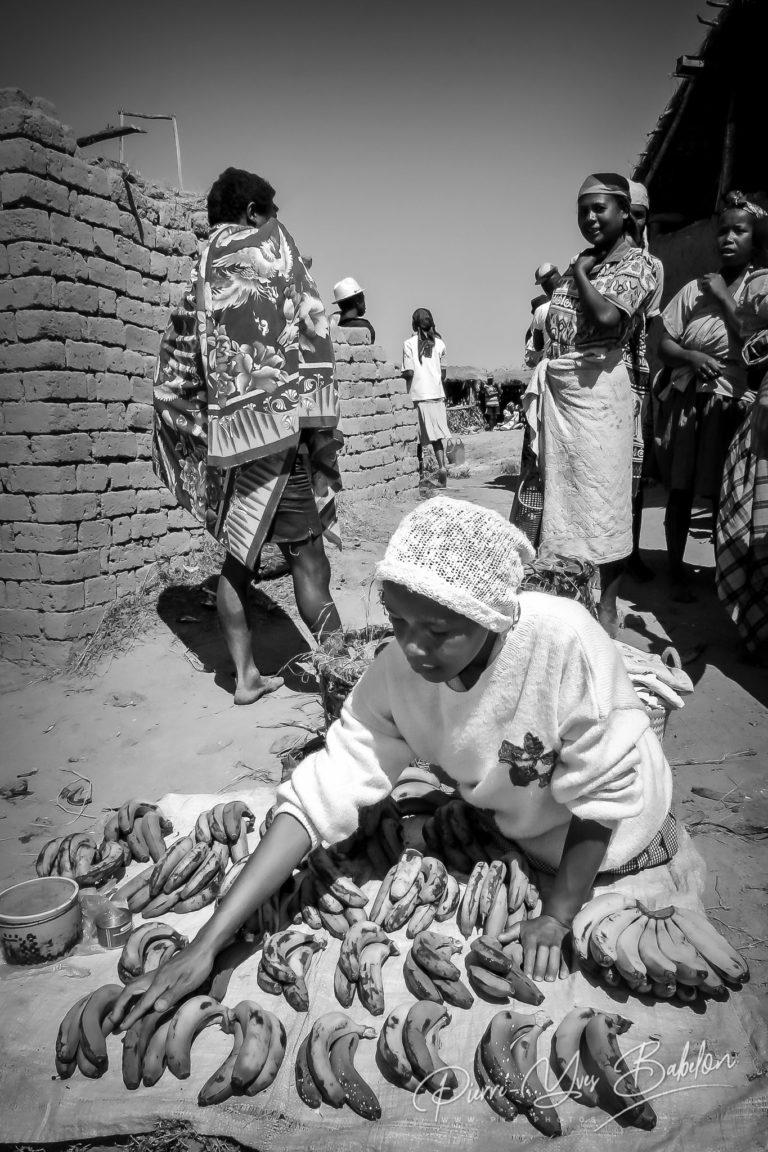 Scène de marché près de Fianarantsoa, Madagascar