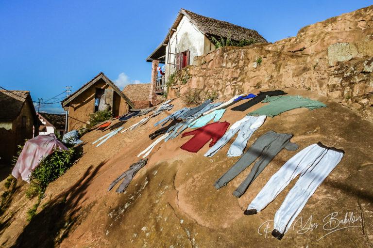 Drying of laundry in Fianarantsoa